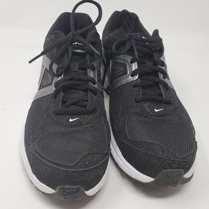 NIKE | Dart 9 Impact Groove Running Shoes